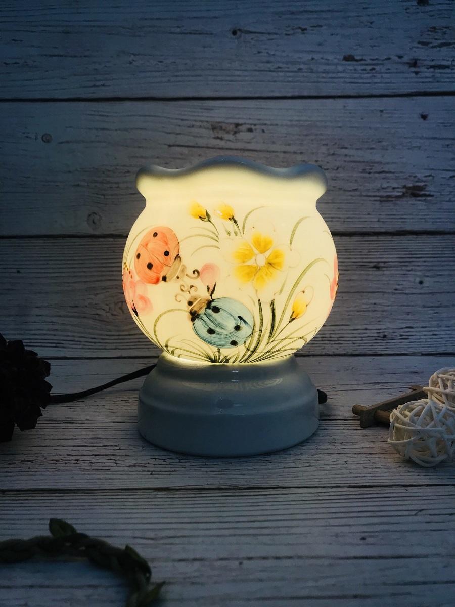 Đèn xông tinh dầu Bọ Rùa